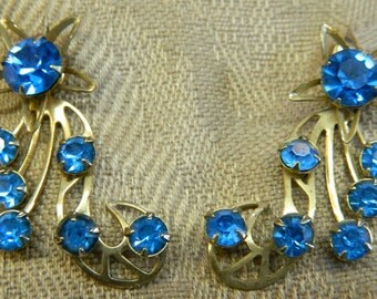 Vintage 1950s Unsigned Coro Blue Shooting Star Rhinestone Clip Earrings (10A)