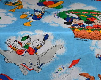 Vintage Bed Sheet - Disney Mickey Mouse Dumbo - Full Fitted