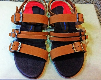 Gia is a strap sandal very soft and comfortable.