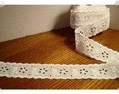 Cotton Eyelet Lace Trim/White / 3 & 1/2 yards*/Craft Supplies (#15)*