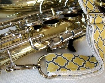 "Saxophone Neck Strap, 1.5"", Heavy Duty, Gray/Yellow Quatrefoil, Silver Hardware"