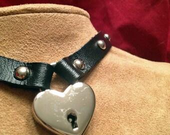 Heart  Lock Leather Choker