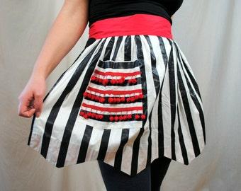 Cute Black White Striped Gingham Girl Half Apron