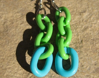 Chain of Fools, vintage earrings