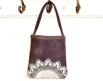 Small purple bag muted plaid lined vintage  doily