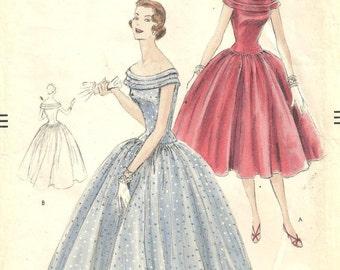 Vogue 8602 Dress Gown sz 14 bust 32 hip 35 Vintage 1955 Pattern Original