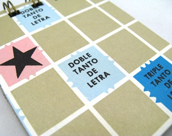 Spanish Scrabble board notepad - small