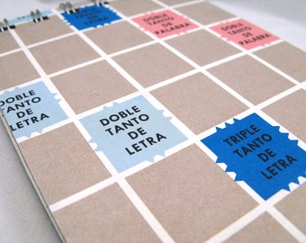 Spanish Scrabble board notepad - large