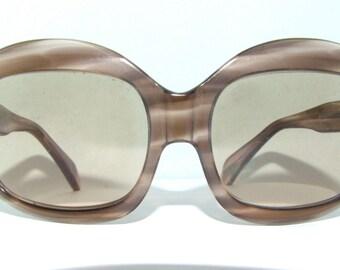 Rare 1960s Mod Eyeglasses  // 60s Vintage Frames // Large lens // France