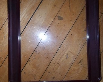 Vintage - Decorative Frame - Plastic Resin Construction - With Glass - Unique Home Decor