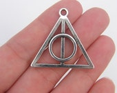 3 Triangle pendants antique silver tone P160