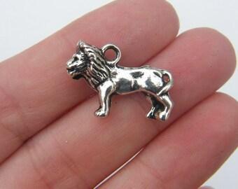 BULK 20 Lion pendants antique silver tone A31