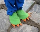 Custom Black on Black Foot Claws for Yellowbrickroad