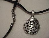 Unisex Celtic Knot Choker/Necklace