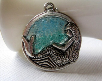 Stained Glass Mermaid Pendant, Mermaid Jewelry, Aquamarine Mermaid, Ocean Jewelry