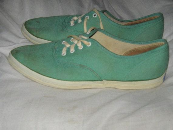 U S Keds  old school pointed toe  green  ladies canvas sneakers