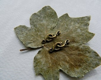 Small Clasps, Pewter Clasps,  Eye-Hook Clasps, Antique Brass Plated Pewter Tierra Cast (2 sets) NEW