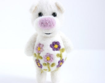 Little white flower pocket bear with green