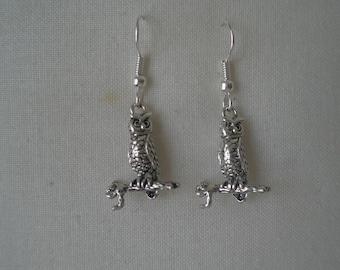 Silver Owl Dangling Earrings