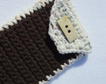 Crocheted Sunglass or Glasses Case Brown and Tan