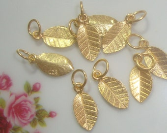 6% sale, 24 pcs,24K Gold Vermeil on 925 Sterling Silver Tiny Leaf Pendant Charm with Bail