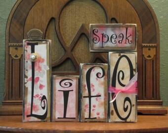Inspirational Sign - Speak Life Word Blocks