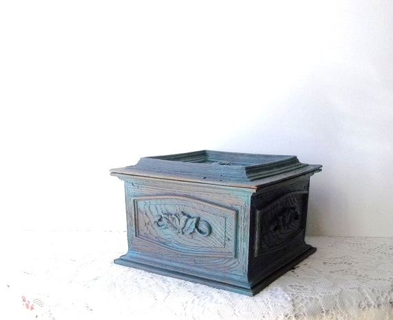 Vintage Syrocco Chest. Vanity Dresser Powder Room Storage Box. Teal Rustic Shabby Chic Roses