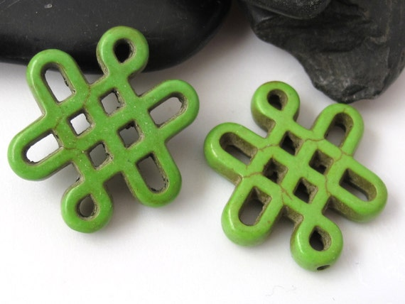 2 beads - Tibetan knot symbol magnesite beads - Green color - GM155