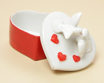 LEFTON Kissing Doves and Heart Box 7680 - Ceramic Porcelain