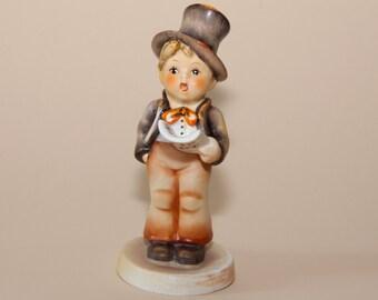 """Hummel Figurine - Street Singer - 131  TMK3 - 5-1/4"""""""