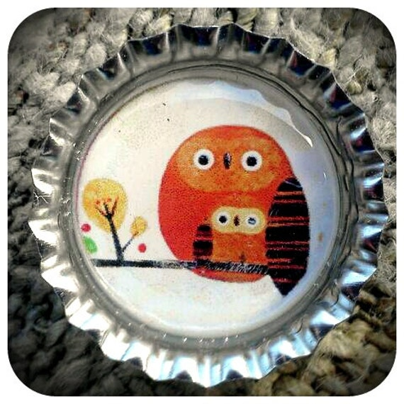 Sweet Mother and Baby Owsl on a Branch  Bottle Cap Magnet