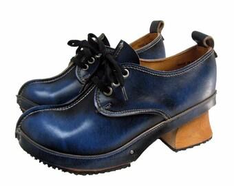 Vintage John Fluevog Shoes Blue Leather Derby Clog Shoes From England Womens US size 5 Vintage Vogs