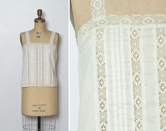 vintage 1970s ivory pintuck blouse / lace top