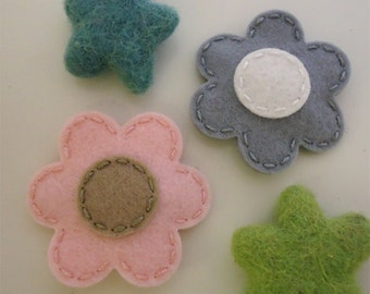 Felt hair clip -No slip -Wool felt -set of 2 flower -pale pink / grey