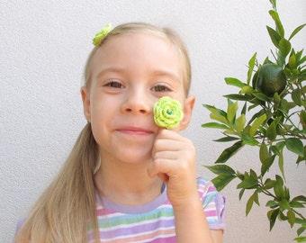 Yellow-green crochet flower bobby pins - Set of 2