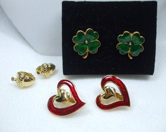 Vintage Avon Set of Three Unique Pairs of  Clip On Earrings-Goldtone Holiday