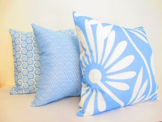 Items similar to Light Blue and White Pillows, Light Blue Cushions, Decorative Pillows - Set of ...