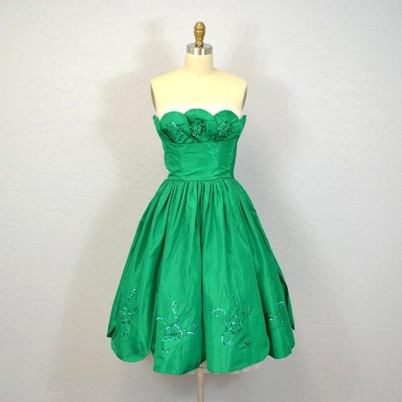 Vintage 1950s Party Dress / Kelly Green / St Patricks Day