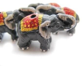 10 Large Elephant Beads - Red mantas - LG299