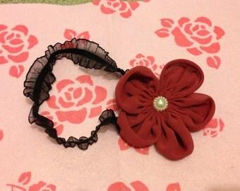 Maroon flower stretchy headband