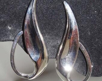 Marvella Clip On Earrings 1950s Apparel & Accessories Jewelry Vintage Jewelry Earrings Clip On Earrings