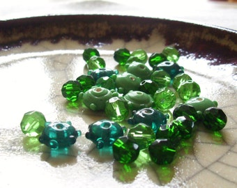 Emerald City - Bumpy and Faceted Bead Mix - 34 beads