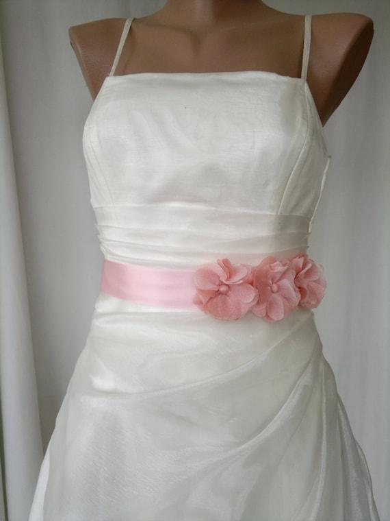 Handcraft Blush Pink Three Chiffon Daisy Wedding Dress Bridal sash Belt