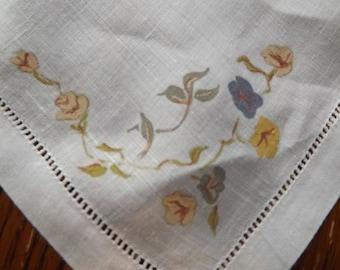 Napkin Set Of 8, Vintage Linen With Floral Print