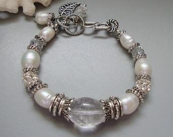 Mix of Elegance.... Pearl. Crystal, Silver and Rhinestone Bracelet