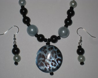 Animal Blues Necklace and Earring Set