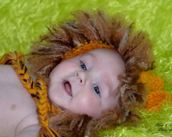 baby Lion finish product Photo prop
