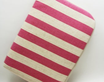 iPad Mini / Kindle/ 7 inch Tablet Case Sleeve Padded  with 2 interior Pocket