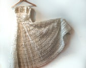 Cream Tiered Lace and Chiffon Vintage Wedding Dress XS with hidden bodice boning.