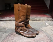 Vintage 1970s brown harness boots Cats Paw
